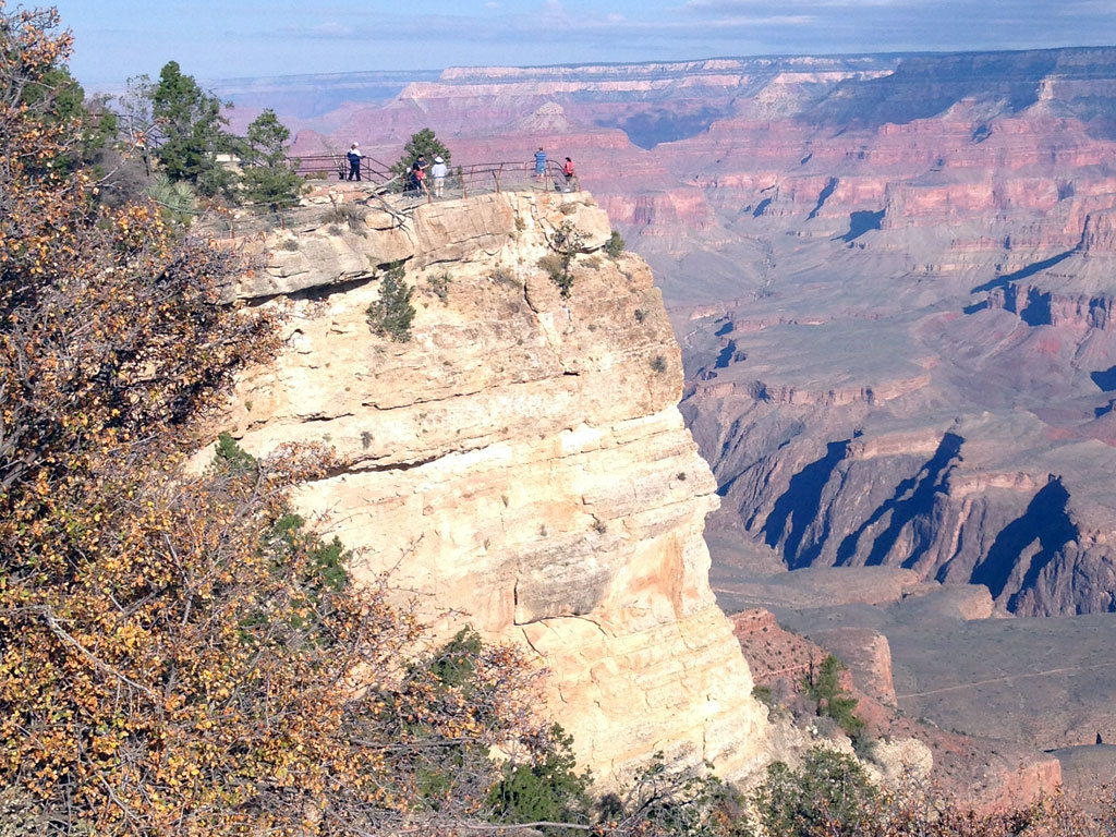 Mather Point Lookout