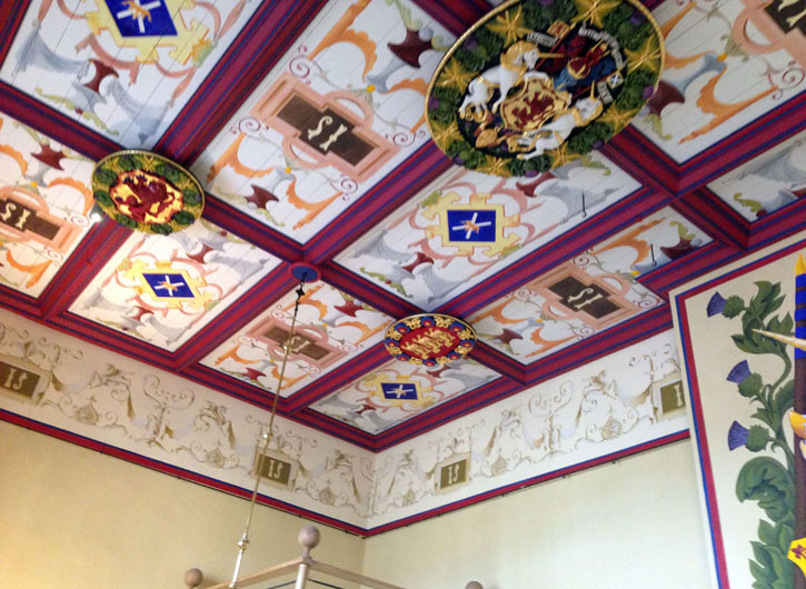 Stirling Ceiling Crests
